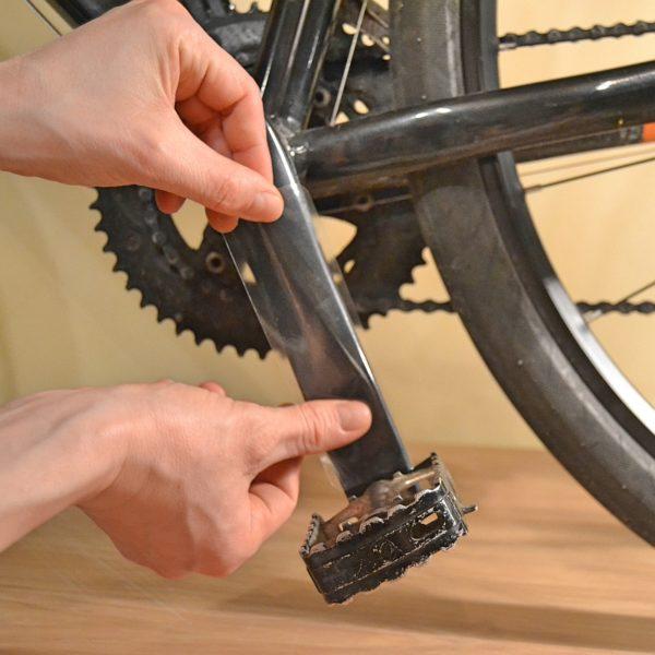 Zestaw naklejek ochronnych na korbę roweru